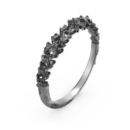 Carmilla - Narrow Spine Band Ring