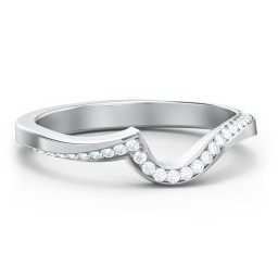 Twisted Wave Band Ring with Diamond Accents